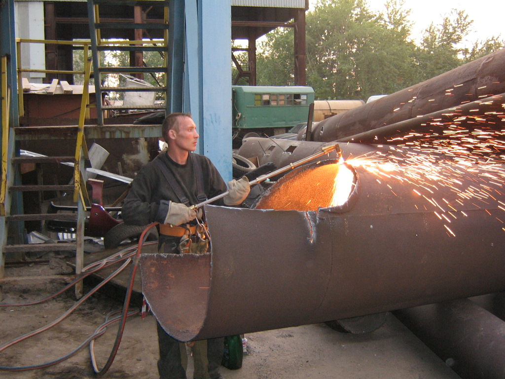 Demontáž kovových konštrukcií cena Kiev