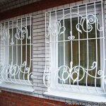 Изготовление и монтаж оконных решеток Киев
